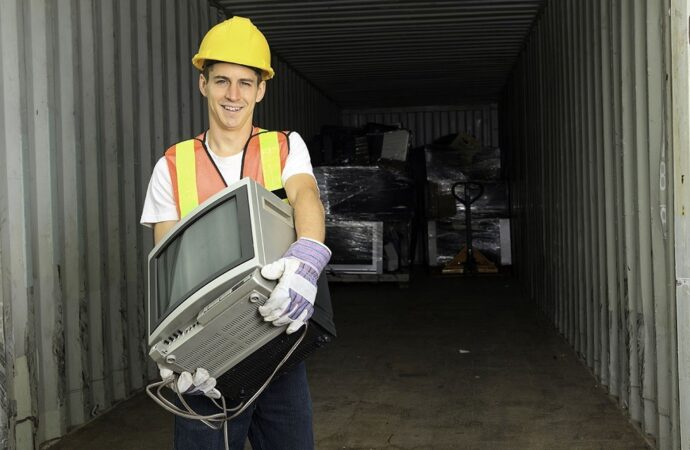 Contact Us-Dayton Dumpster Rental & Junk Removal Services-We Offer Residential and Commercial Dumpster Removal Services, Portable Toilet Services, Dumpster Rentals, Bulk Trash, Demolition Removal, Junk Hauling, Rubbish Removal, Waste Containers, Debris Removal, 20 & 30 Yard Container Rentals, and much more!