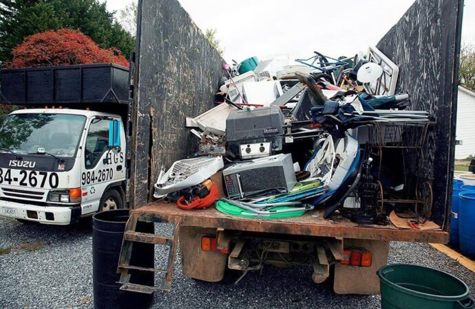 Junk Hauling-Dayton Dumpster Rental & Junk Removal Services-We Offer Residential and Commercial Dumpster Removal Services, Portable Toilet Services, Dumpster Rentals, Bulk Trash, Demolition Removal, Junk Hauling, Rubbish Removal, Waste Containers, Debris Removal, 20 & 30 Yard Container Rentals, and much more!